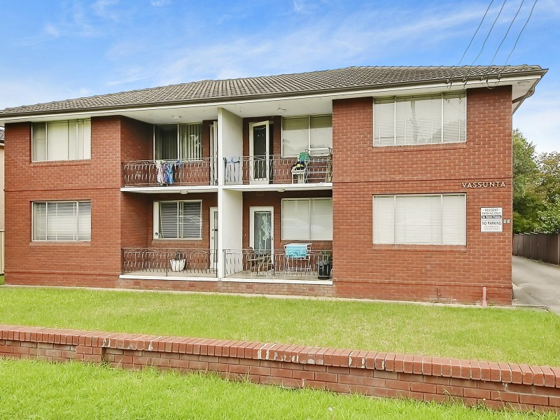 Best Value Unit in Wentworthville!