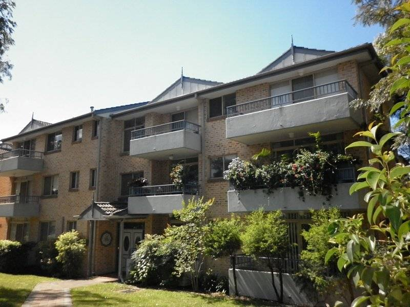Quality Unit - Minutes walk to Station & Shops!