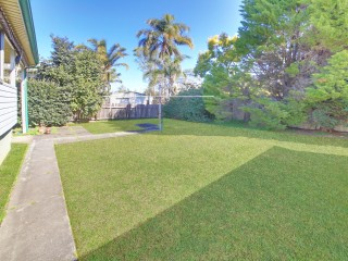 View profile: 'Hill Street' Address- 1 Minute Walk to Wentworthville Station!