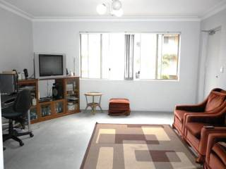 View profile: Quality Unit - Minutes walk to Station & Shops!